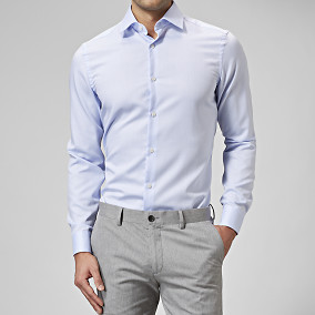 Mörkblå skjorta slim fit | Riley | Brothers.se