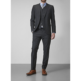 Riley Shelby black suit 268,90€