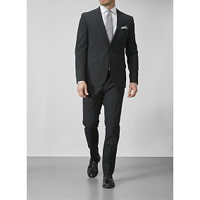 Riley Shelby black suit 201,68€