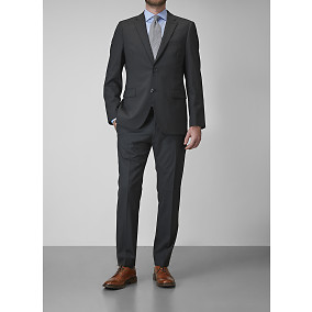 Riley Ryder black suit 268,90€